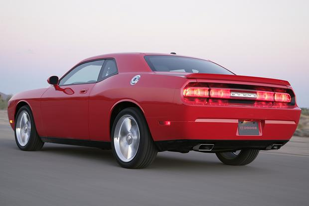 2009 Dodge Challenger: Used Car Review featured image large thumb5