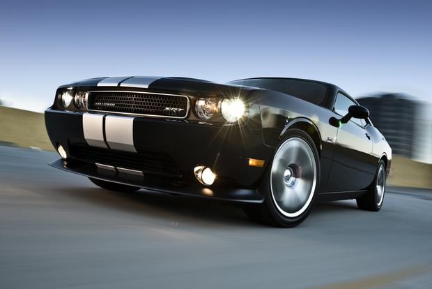 2012 Dodge Challenger: New Car Review featured image large thumb7
