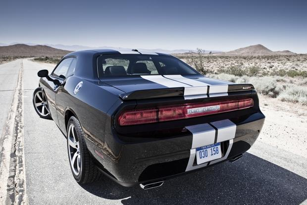 2012 Dodge Challenger: New Car Review featured image large thumb16