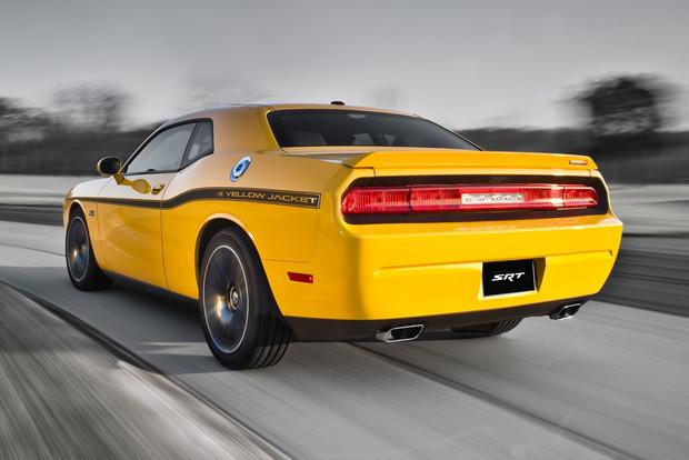 2012 Dodge Challenger: New Car Review featured image large thumb1