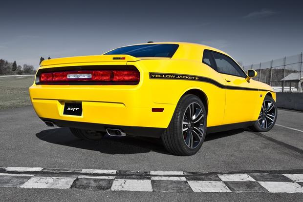 2012 Dodge Challenger: New Car Review featured image large thumb3