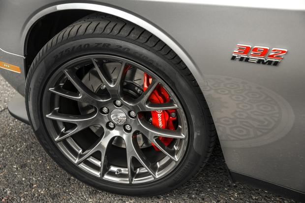 2015 Dodge Challenger SRT Hellcat: First Drive Review featured image large thumb4