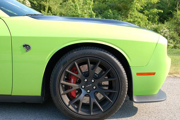 2015 Dodge Challenger SRT Hellcat: Real World Review featured image large thumb16