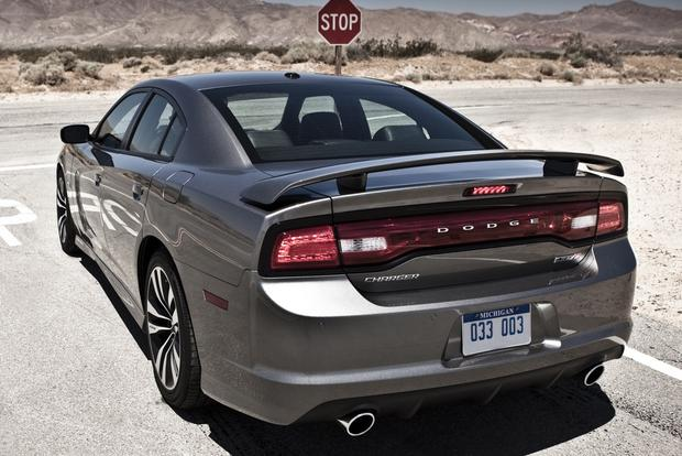 2012 Dodge Charger: New Car Review featured image large thumb24