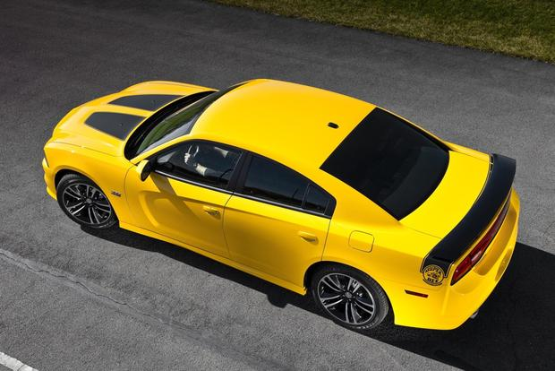 2012 Dodge Charger: New Car Review featured image large thumb35