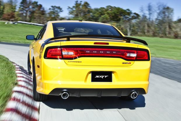 2012 Dodge Charger: New Car Review featured image large thumb37
