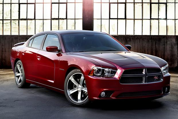 2015 dodge charger whats the difference featured image large thumb11 - Dodge Charger 2015 Exterior