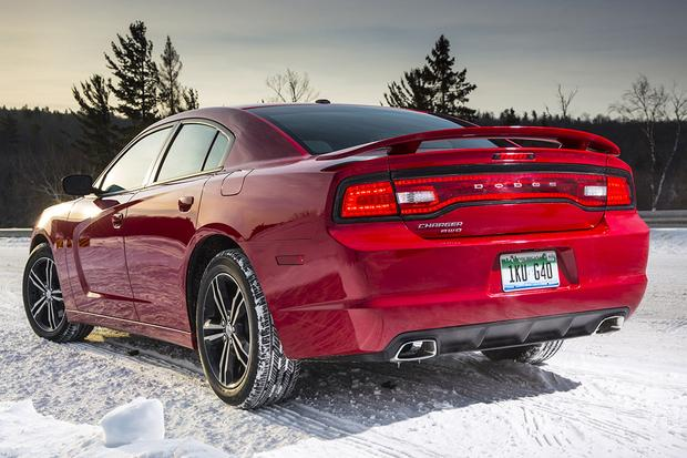 2014 vs. 2015 Dodge Charger: What's the Difference? featured image large thumb5