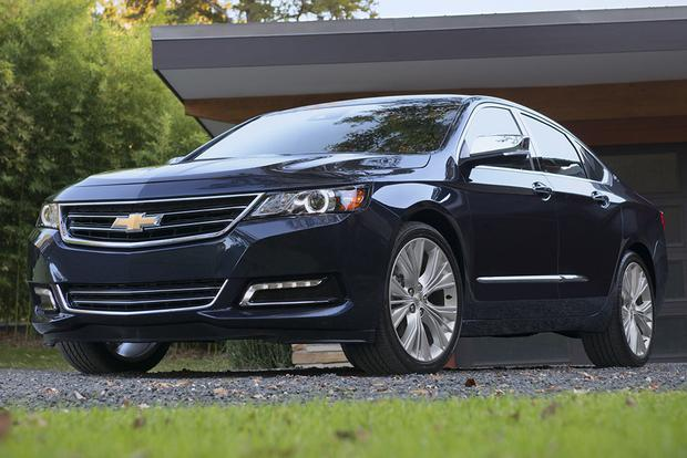 2015 Dodge Charger vs. 2015 Chevrolet Impala: Which Is Better? featured image large thumb0