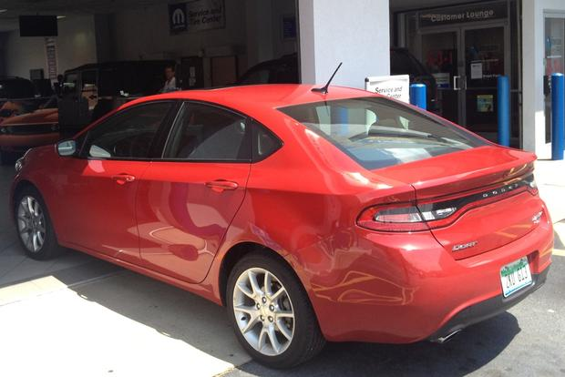 2013 Dodge Dart: Oil Change and Gas Mileage featured image large thumb0