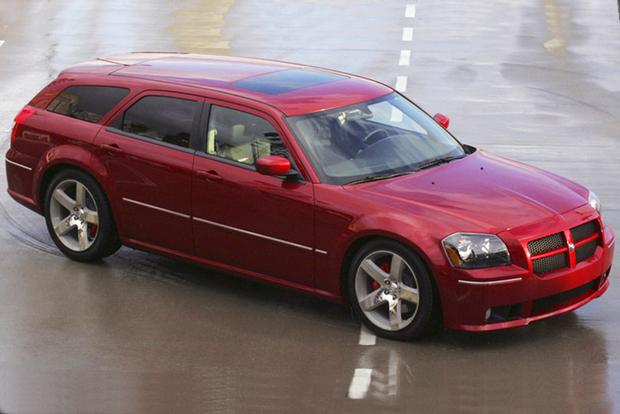 Modern-Day Classic: 2006-2008 Dodge Magnum SRT8 featured image large thumb0