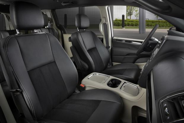 2016 Dodge Grand Caravan: New Car Review featured image large thumb4