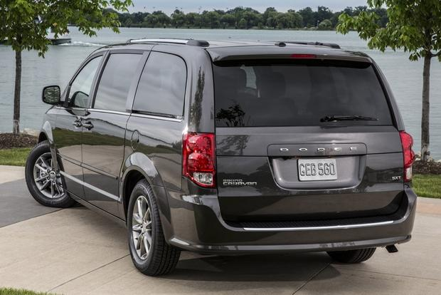 2016 Dodge Grand Caravan: New Car Review featured image large thumb2