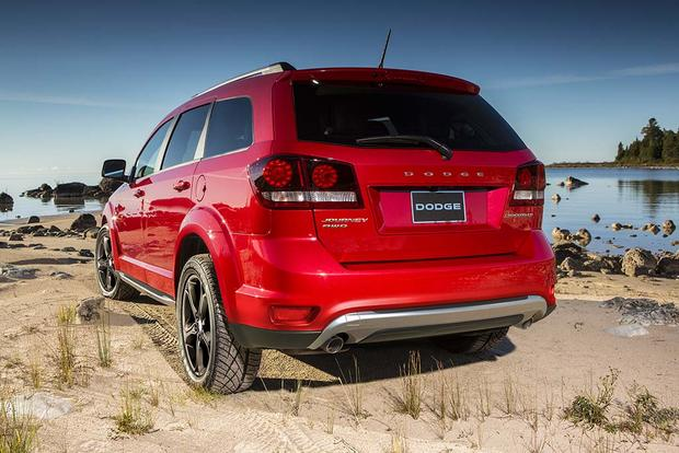 2016 Dodge Journey: New Car Review featured image large thumb4