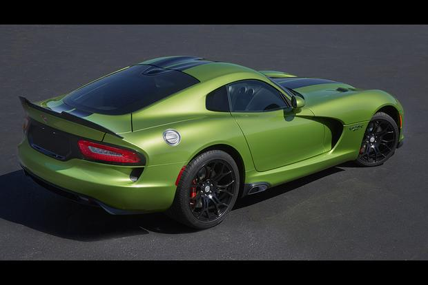 2017 Dodge Viper: New Car Review featured image large thumb1