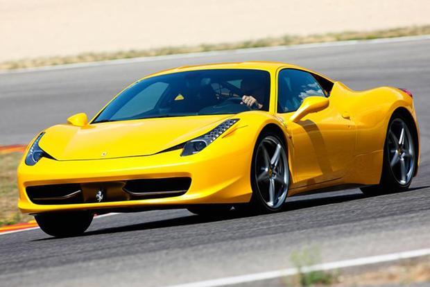 2015 Ferrari 458 Italia: Overview featured image large thumb4