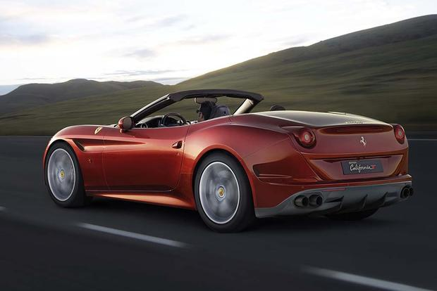 2017 Ferrari California T: Overview featured image large thumb3