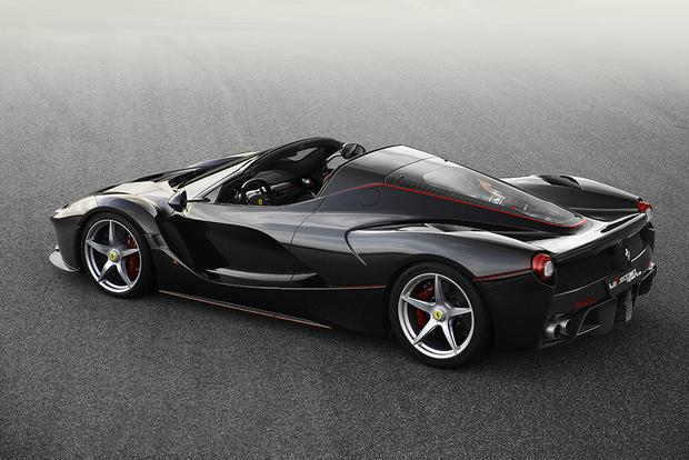 2017 Ferrari LaFerrari Aperta: Overview featured image large thumb3