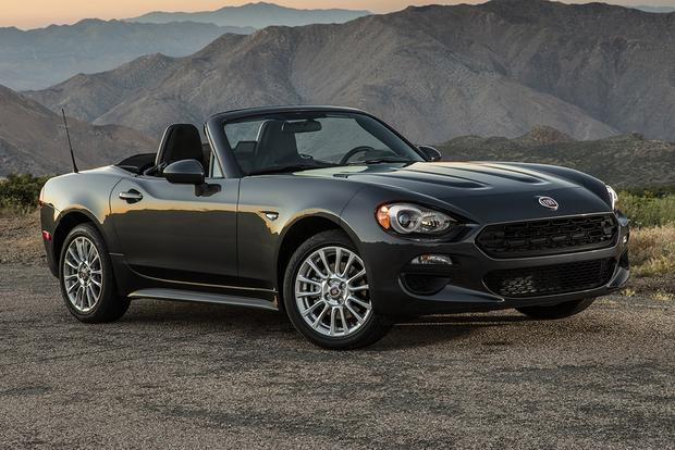 2017 fiat 124 spider new car review autotrader. Black Bedroom Furniture Sets. Home Design Ideas