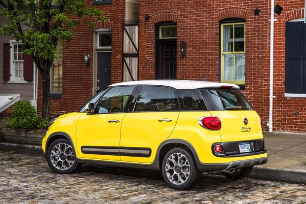 2014 FIAT 500L: New Car Review featured image large thumb3