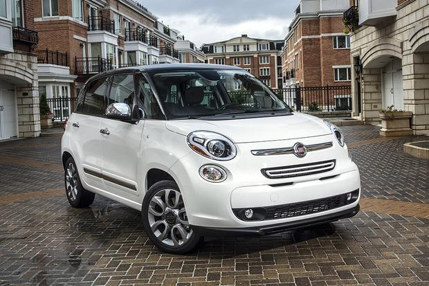 2014 FIAT 500L vs. 2016 FIAT 500X: What's the Difference? featured image large thumb9