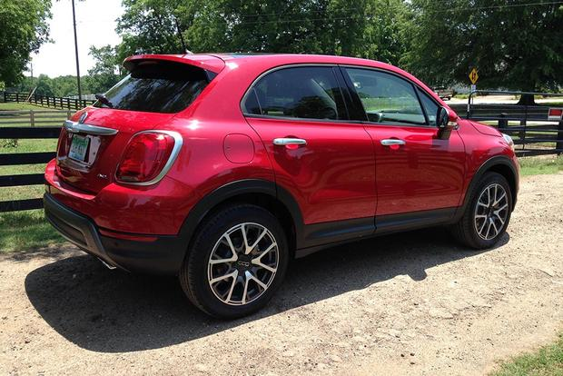 2016 fiat 500x a week of pros and cons autotrader. Black Bedroom Furniture Sets. Home Design Ideas
