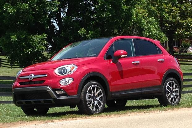 2016 FIAT 500X: Plenty of Space featured image large thumb7