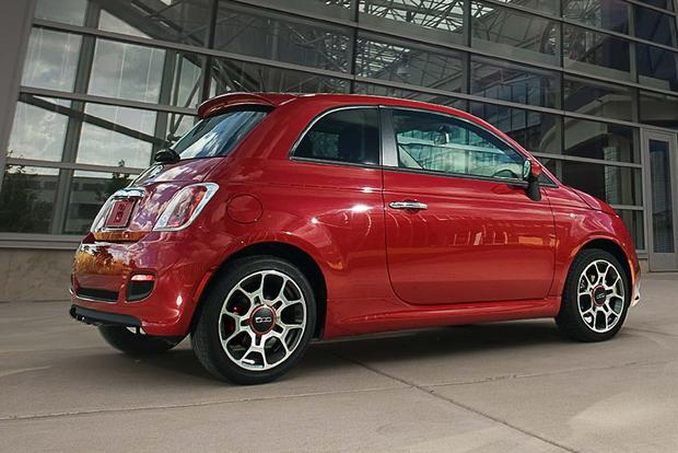 2017 FIAT 500: New Car Review featured image large thumb0