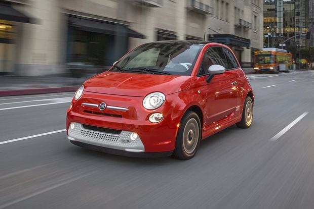 2017 FIAT 500e: New Car Review