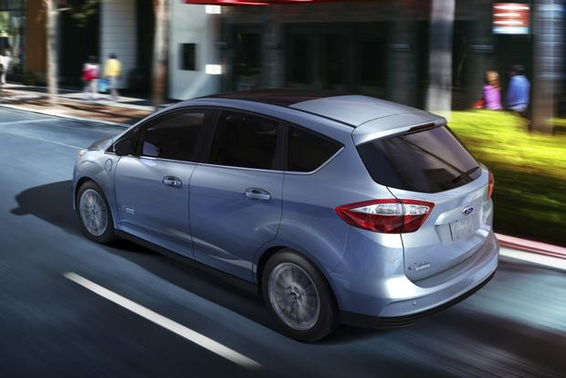 2013 Ford C-Max Energi: New Car Review featured image large thumb6