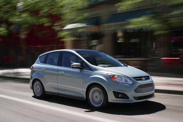 2013 Ford C-MAX Hybrid: New Car Review featured image large thumb4