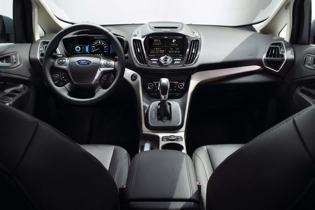 2013 Ford C-MAX Hybrid: New Car Review featured image large thumb9