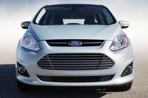 2014 Ford C-MAX Hybrid: New Car Review featured image large thumb2