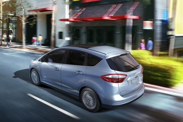 2014 Ford C-MAX Energi: New Car Review featured image large thumb1