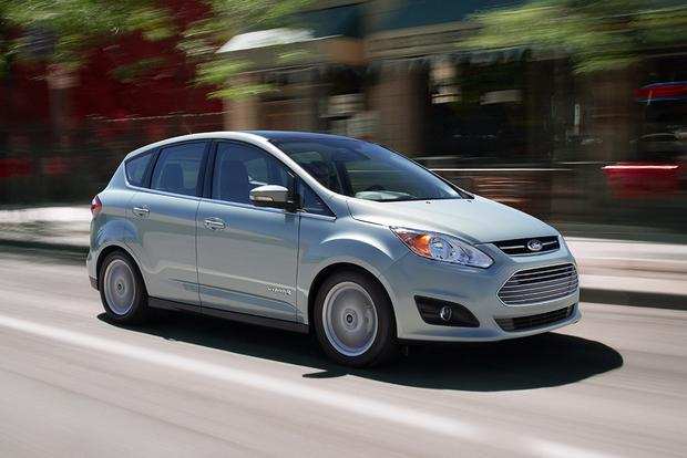 Green Car Technologies: Hybrid vs. Plug-In vs. Hydrogen