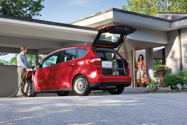 2016 Ford C Max Energi New Car Review Featured Image Large Thumb1