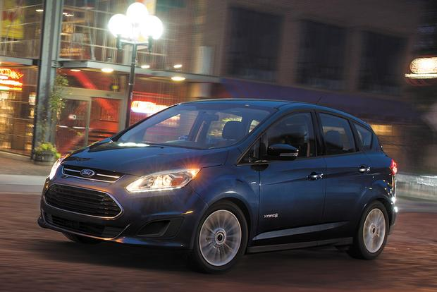 2017 Ford C-MAX Energi: New Car Review featured image large thumb0