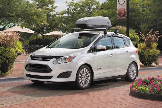 2017 ford c max hybrid new car review autotrader. Black Bedroom Furniture Sets. Home Design Ideas