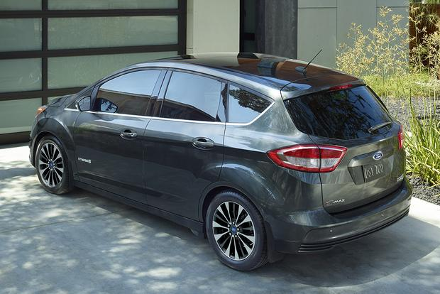 2017 Ford C Max Hybrid New Car Review Featured Image Large Thumb3