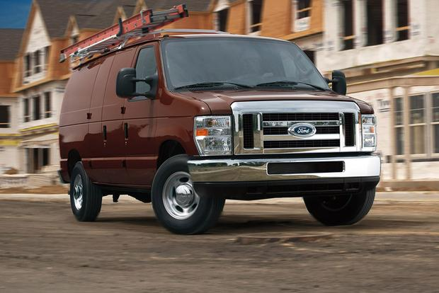 2014 Ford E-Series vs  2015 Ford Transit: What's the Difference