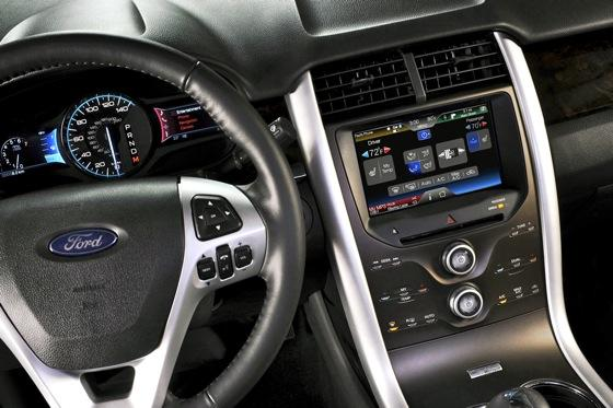 2013 Ford Edge: New Car Review featured image large thumb5