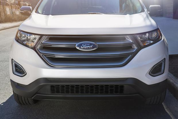 2018 Ford Edge: New Car Review featured image large thumb3