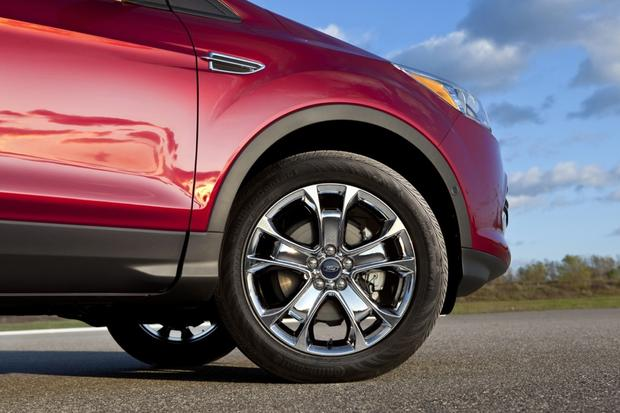 2013 Ford Escape: New Car Review featured image large thumb39