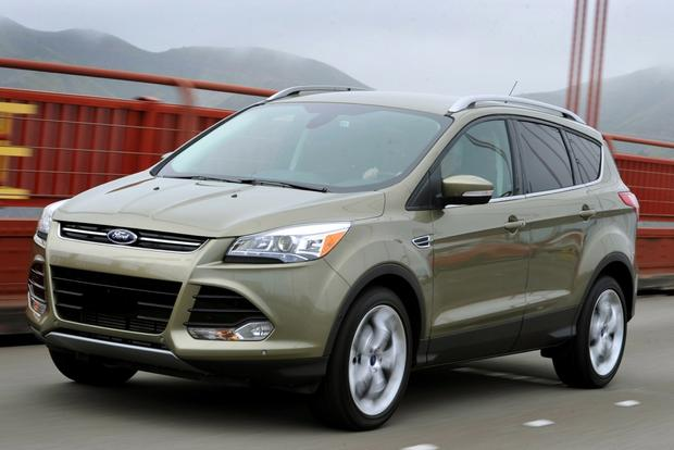 2014 ford escape vs 2014 toyota rav4 which is better. Black Bedroom Furniture Sets. Home Design Ideas