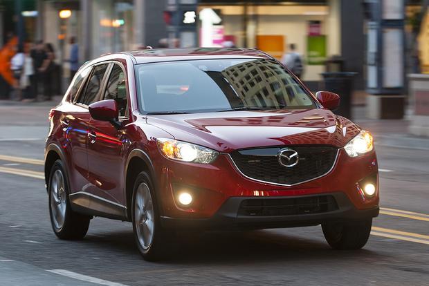 2015 Ford Escape vs. 2015 Mazda CX-5: Which Is Better?