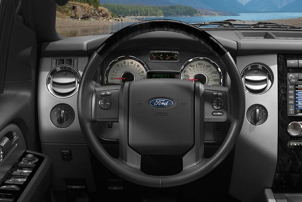 2014 vs. 2015 Ford Expedition: What's the Difference? featured image large thumb7
