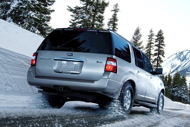 2014 vs. 2015 Ford Expedition: What's the Difference? featured image large thumb9