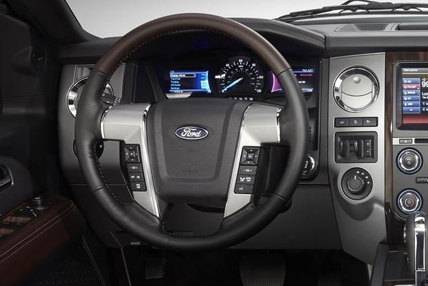 2014 vs. 2015 Ford Expedition: What's the Difference? featured image large thumb8