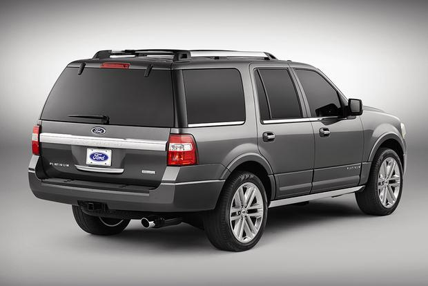2015 Ford Expedition vs. 2015 Lincoln Navigator: What's the Difference? featured image large thumb3