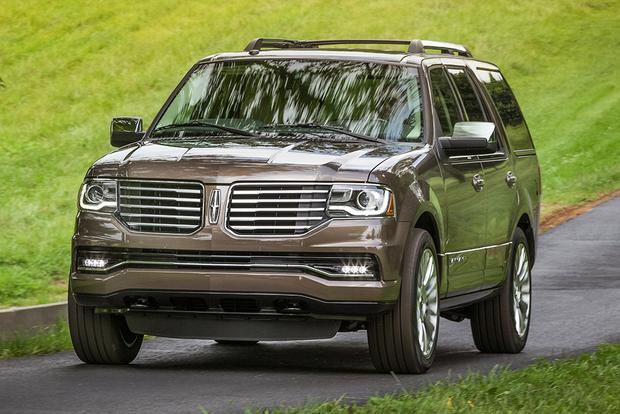 2015 Ford Expedition vs. 2015 Lincoln Navigator: What's the Difference? featured image large thumb8